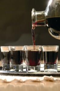 Nocino - Decanter e bicchierini