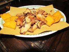 Osteria Enoteca La Gattaiola, Funghi e Polenta Fritti