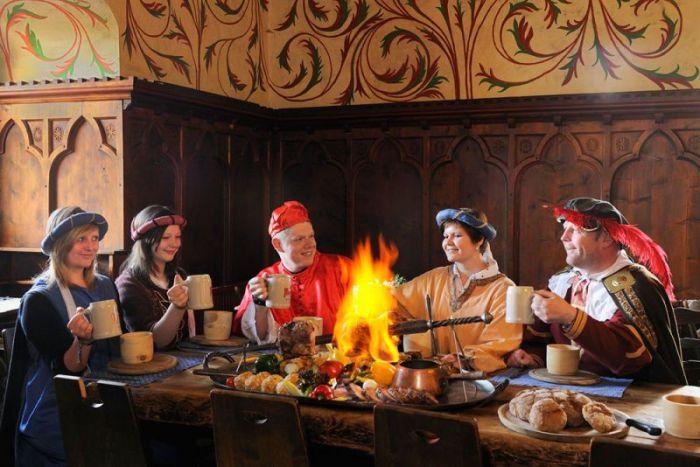 Le regole del gioco - tavolata medievale