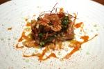 Restaurante DSTAgE Madrid, Salmonete en salmuera con escama crujiente