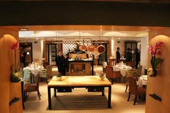 Restaurante Santceloni a Madrid in Spagna. Una Vista della Sala. Foto di Giorgio Dracopulos Critico Gastronomico
