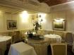 ristorante-hotel-le-fontanelle-a-prato-vista-di-una-saletta-foto-di-giorgio-dracopulos-critico-gastronomico